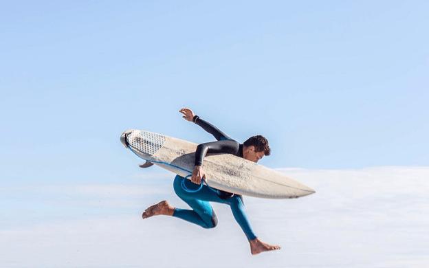 Jorge Pérez de Madrid Lafuente Surfeando